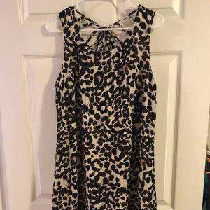 Lily Star leopard print shift dress Sz Large